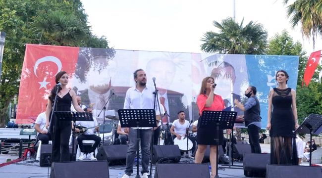 Kocaeli Popüler Müzik Topluluğu konseri göz doldurdu