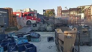Gebze'de plastik fabrikasında korkutan yangın
