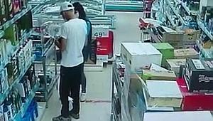 Market zincirinin farklı şubelerinde, 2 hafta arayla cep telefonu hırsızlığı