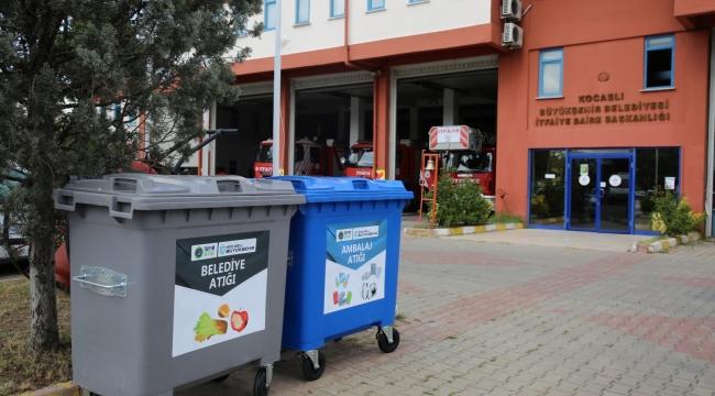 Büyükşehir birimlerine atık konteyneri