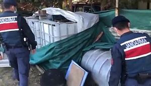 Gebze'de kaçak içki imalathanelerine baskın