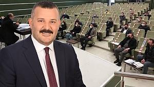 İYİ Parti'den AK Parti'ye salon tepkisi!