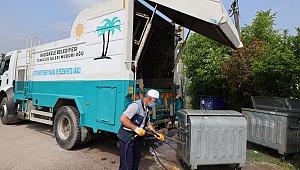 Başiskele'de Çöp Konteynerlerine Bakım ve Temizlik