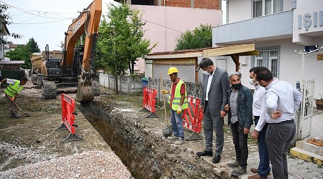 KARTEPE'DE ALT YAPI - ÜSTYAPI HIZ KESMİYOR