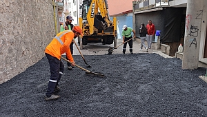 İzmit Belediyesi'nden  Yenidoğan'a asfalt yol