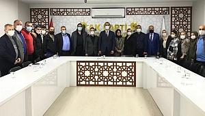 AK Parti İzmit'te mahalle başkanları değişti