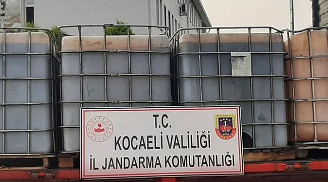 Jandarma 6 ton kaçak akaryakıt ele geçirdi!