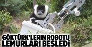 GÖKTÜRK'lerin robotu lemurları besledi